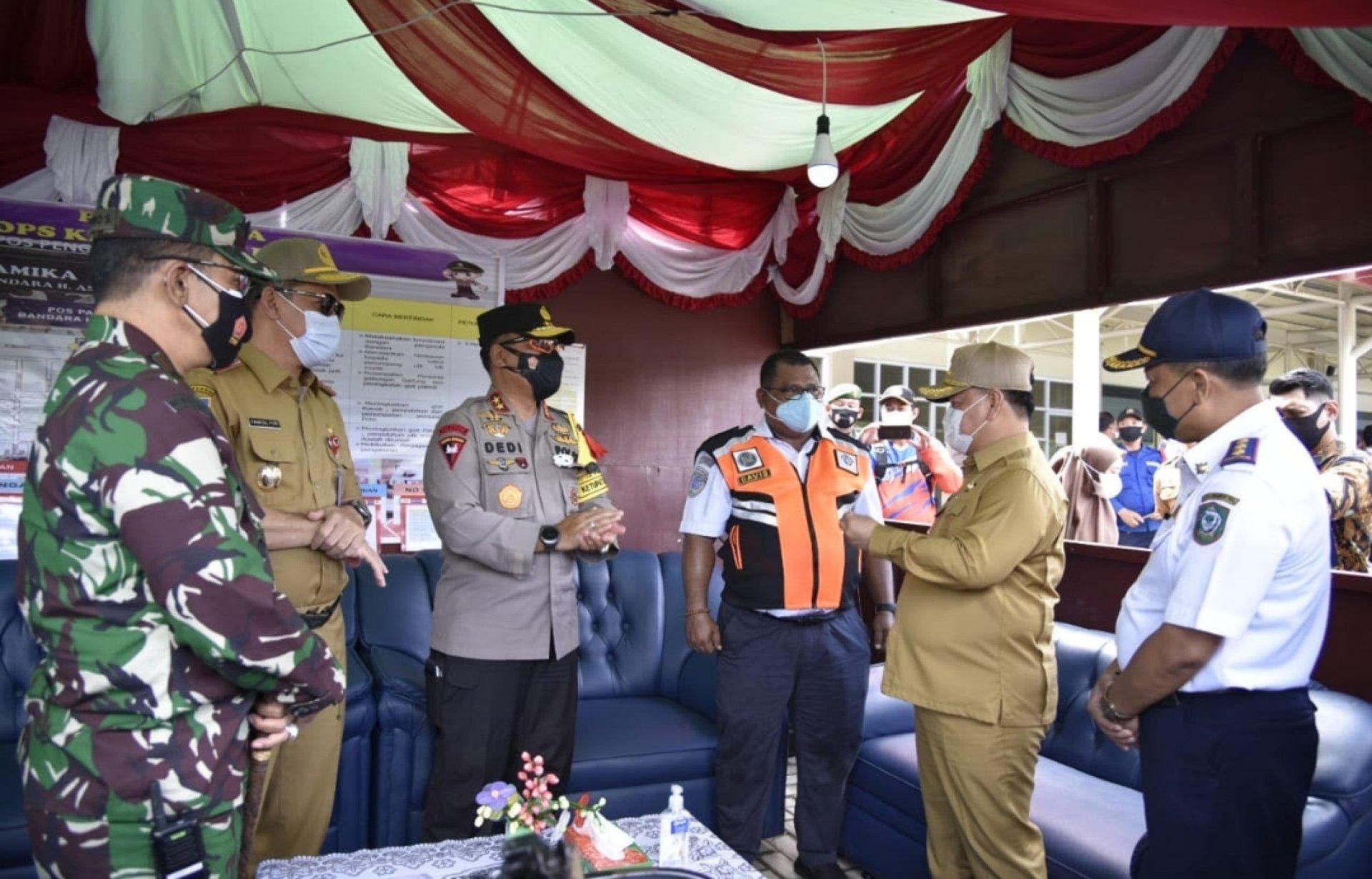 Sekda Kalteng Tinjau Pelabuhan dan Bandara di Sampit