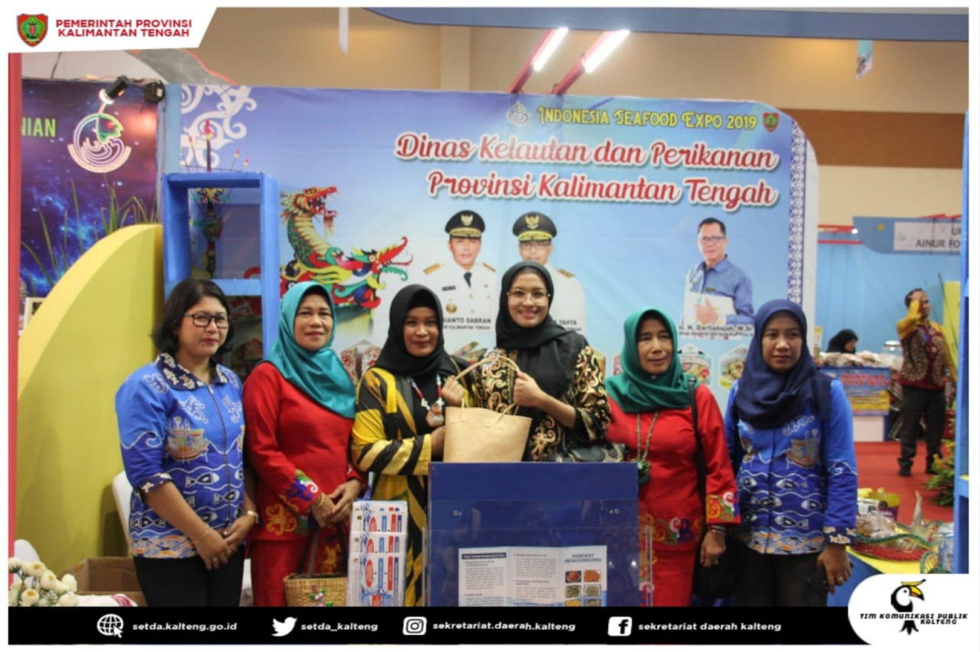 Ketua TP PKK Kalimantan Tengah Hadiri Puncak Peringatan ke-6 Hari Ikan Nasional Tahun 2019