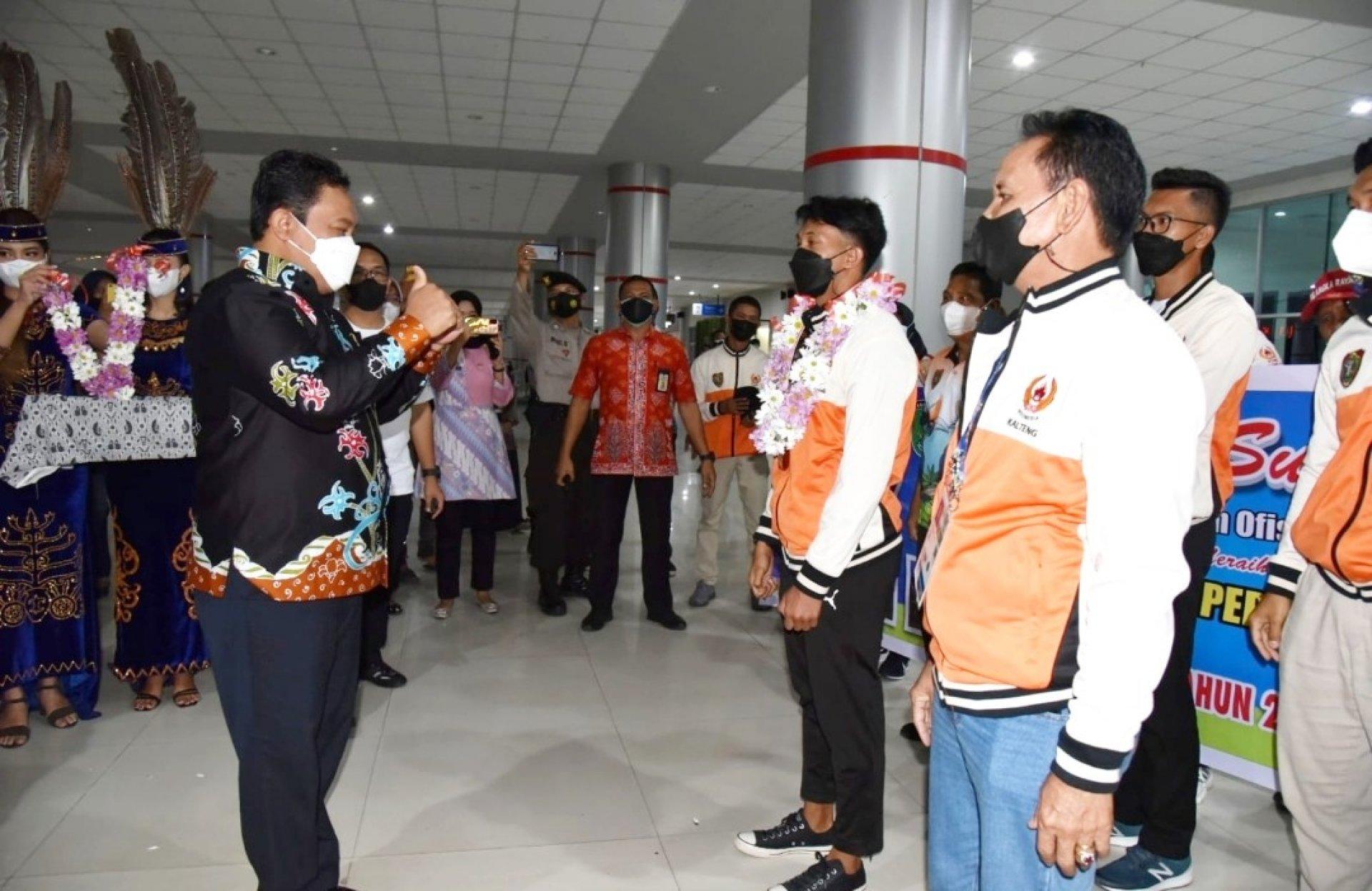 Wagub Edy Pratowo Sambut Kepulangan Atlet Cabor Atletik Kalteng dari PON XX Papua