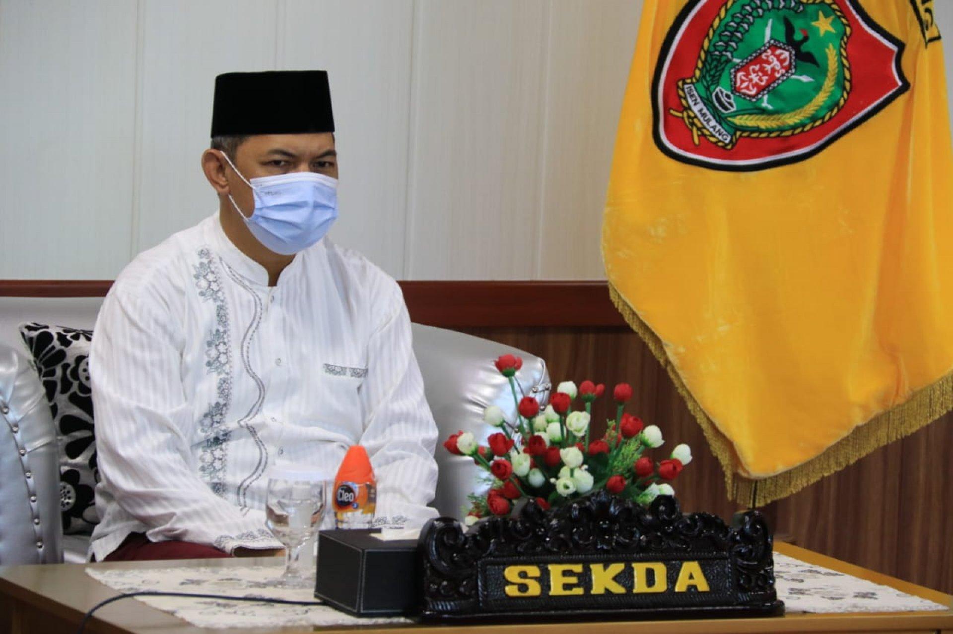 Sekda Kalteng Hadiri Penandatanganan Kontrak Tender Dini Kementerian PUPR TA 2021 Via Vicon