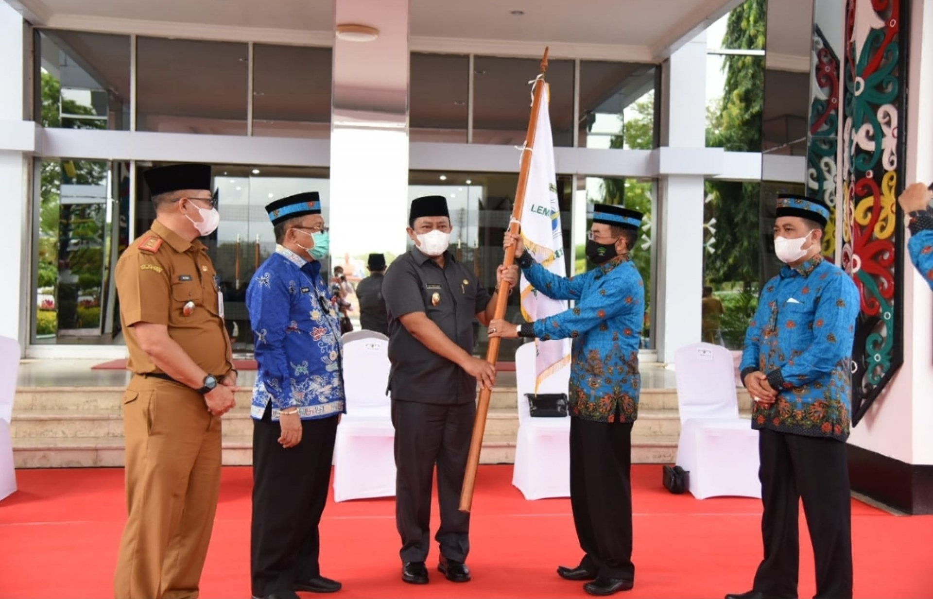 Wakil Gubernur Edy Pratowo Lepas Kafilah Kalteng ke STQ Nasional XXVI Maluku Utara