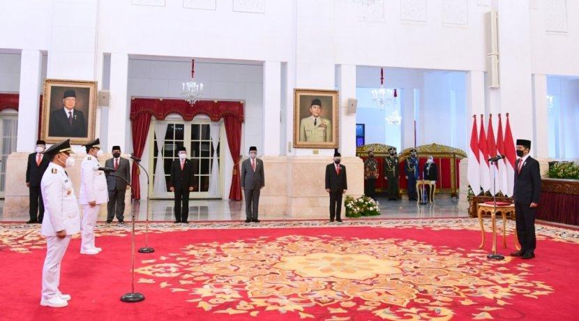 Gubernur Sugianto Sabran dan Wakil Gubernur Edy Pratowo Resmi Dilantik Presiden