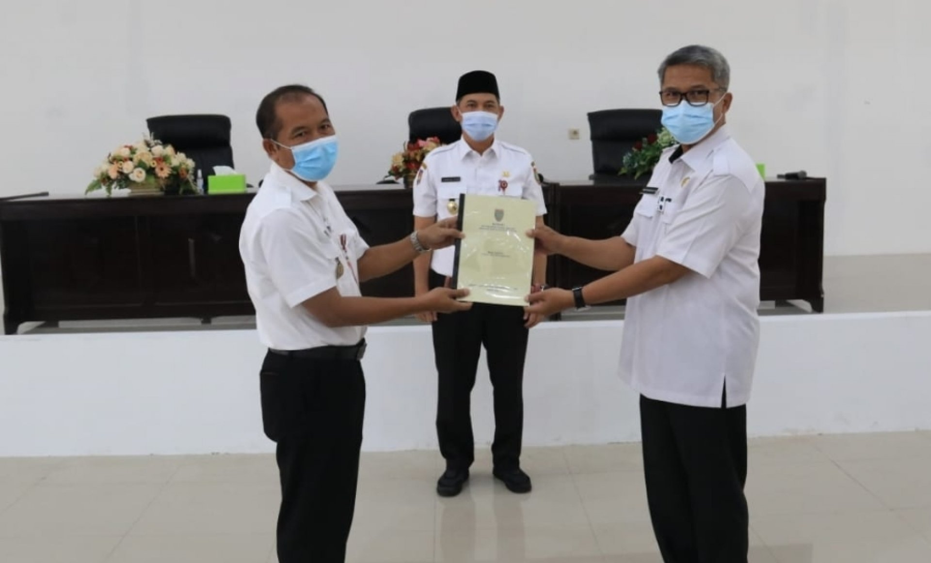 Sekda Fahrizal Fitri Hadiri Serah Terima Jabatan Pimpinan Tinggi Pratama Inspektorat Kalteng